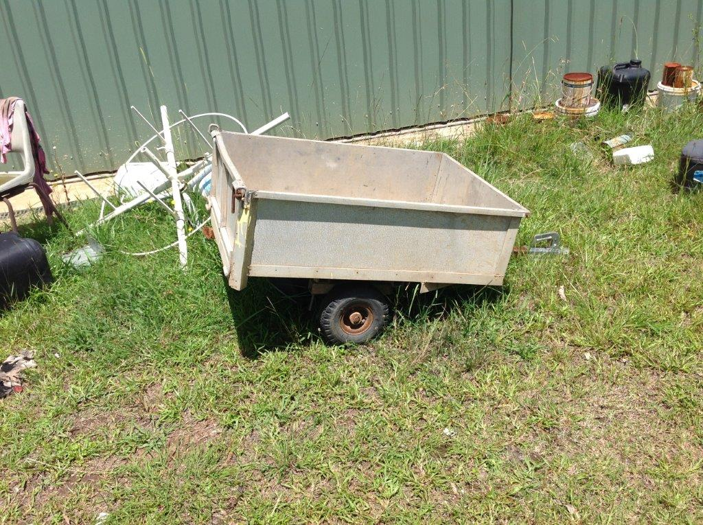 FARMING EQUIPMENT - WILTON AUCTION (11)
