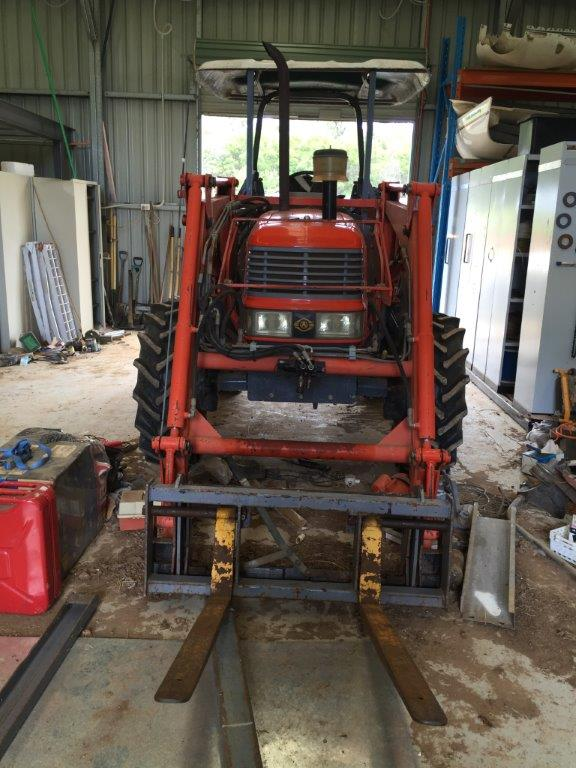 FARMING EQUIPMENT - WILTON AUCTION (24)