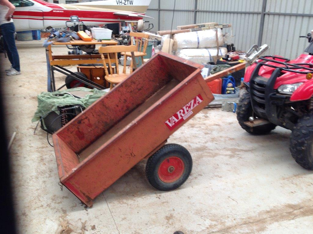 FARMING EQUIPMENT - WILTON AUCTION (4)