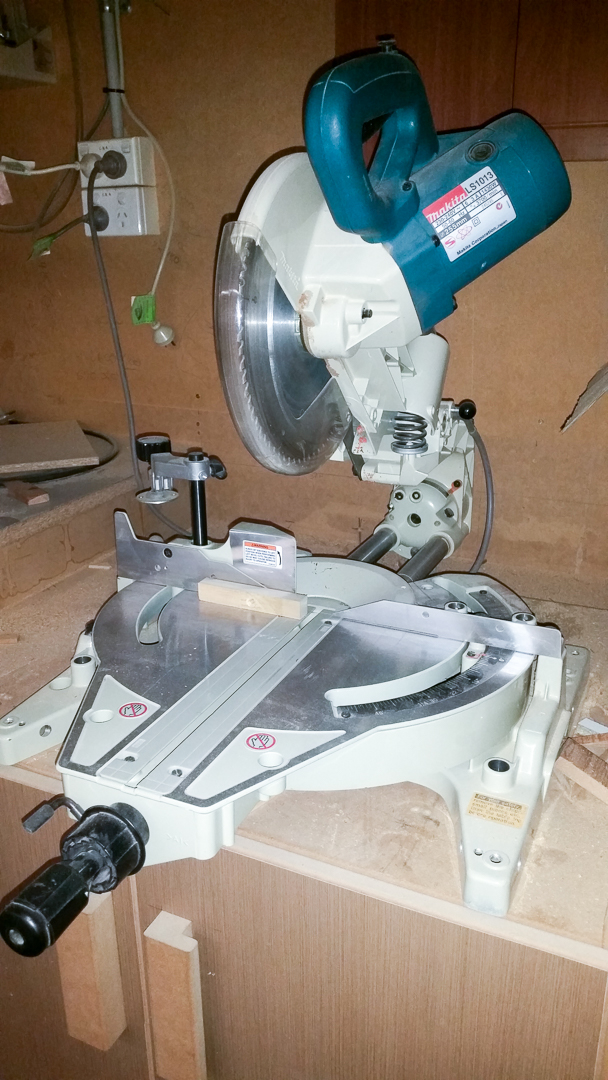 Makita Drop Saw LS1013